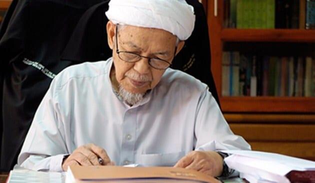 Kisah Aku, Tibi dan Tok Guru Nik Aziz…