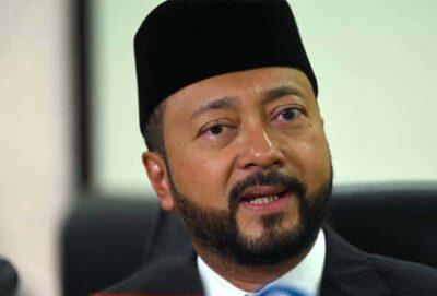 """Sila buat kenyataan rasmi, lapor polis"", Mukhriz jawab tuduhan Sanusi"