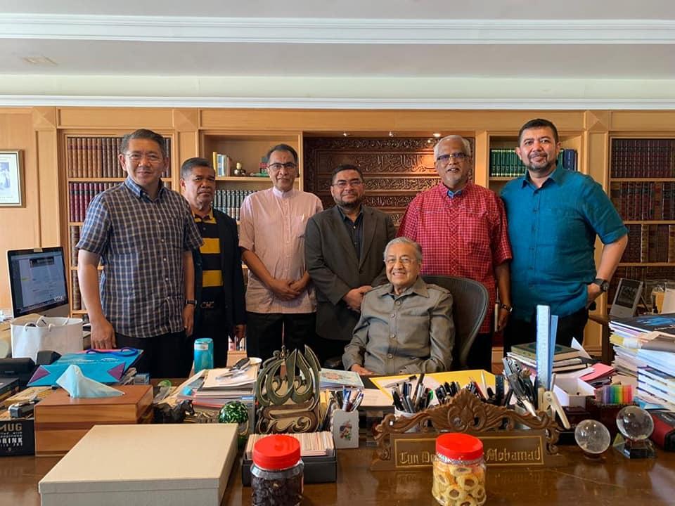 Tun M Ceria Dikunjungi Pemimpin AMANAH