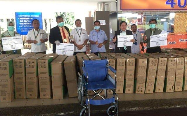 NAFAS serah sumbangan 30 set kerusi roda kepada Hospital Kuala Lumpur(HKL)