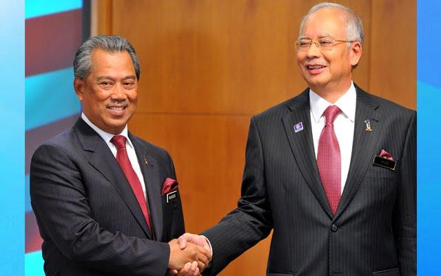 """""""Cash is king"""" Muhyiddin lebih parah daripada Najib"""