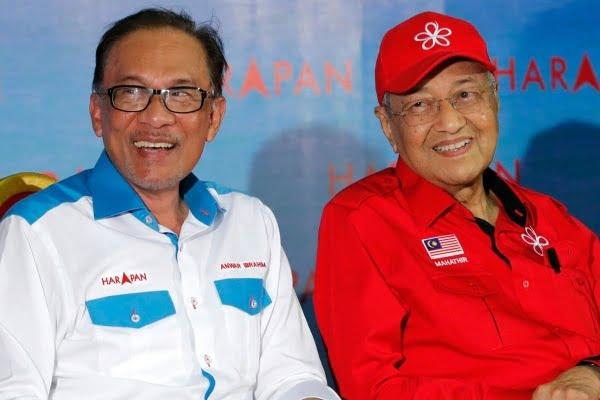 Hati-hati helah PN cuba lagakan Mahathir dan Anwar