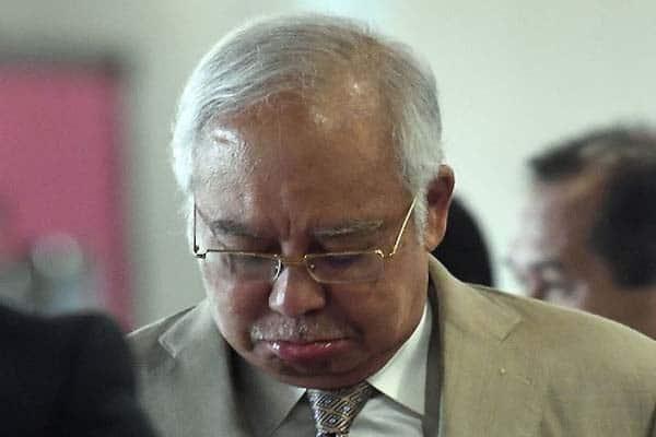 Najib dakwa dirinya halang Tun M bawa masuk RM1.194 trilion ke Malaysia