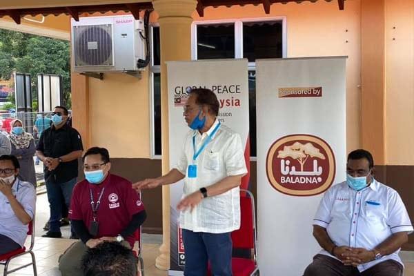Anwar bersama NGO lancar program kebajikan untuk warga PD