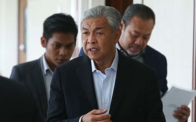 Zahid Hamidi sahkan ada ahli parlimen Umno sokong Anwar