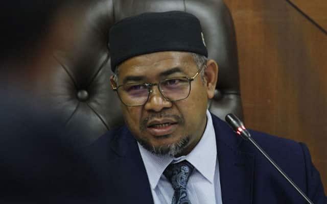 Covid-19 : Khairuddin nasihatkan rakyat Malaysia agar patuh arahan kuarantin