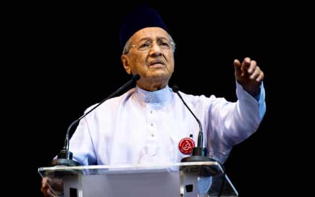 Saya fikir kerajaan ini sama korupnya dengan kerajaaan Najib – Tun M