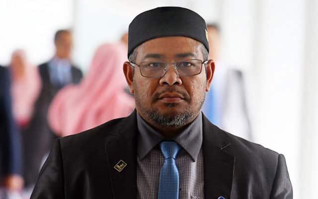 Siasatan kes Menteri 'Hud Hud' langgar kuarantin hampir selesai – PDRM