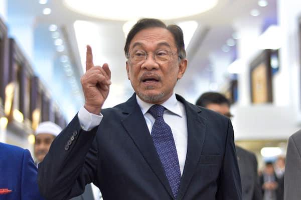 Gempar !!! Ahli parlimen pro Anwar diminta 'standby' di KL