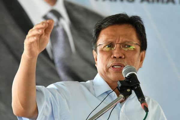 Orang Sabah mahukan pendapatan tetap, bukan gula-gula – Shafie