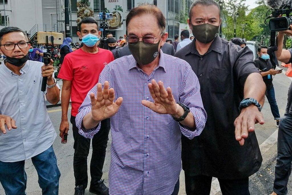 Panas !!! Surat Anwar pula berlegar di media sosial, dapat 131 sokongan