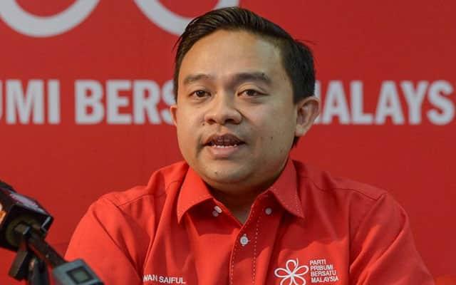 Panas !!! Gagal serah senarai, Bersatu mahu Anwar bersara
