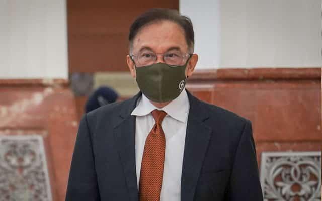 Mat Sabu dan Lim Guan Eng cadang undi belah bahagi, saya tolak – Anwar