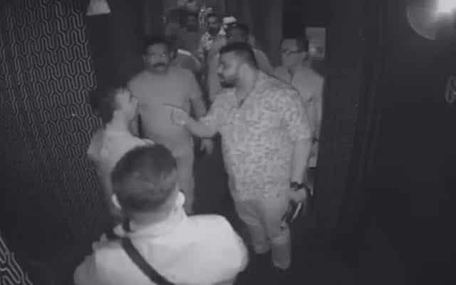 [VIDEO] Polis tahan 'Datuk' bergaduh di pusat hiburan