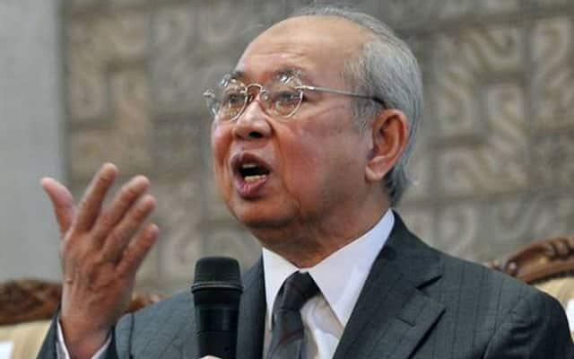 Tanpa sokongan Ku Li, sokongan terhadap Muhyiddin tinggal 111 orang