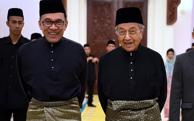 Jika Anwar dapat majoriti, Tun M sedia sokong