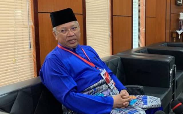 Annuar Musa terus pertahan sokong Muhyiddin atas alasan keputusan parti