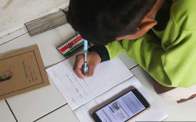 Dilema belajar online, murid lemah terus tercicir – Guru