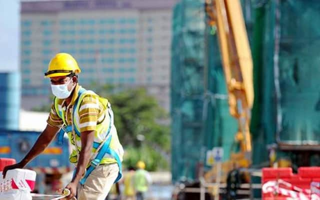 Strategi yang salah kendali pekerja asing punca Covid-19 makin teruk di Malaysia – HRW