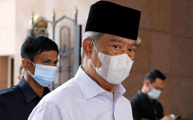 Muhyiddin tentu tahu peranan Daim 'selamatkan' PH pada saat genting 9 dan 10 Mei 2018 – Kadir Jasin