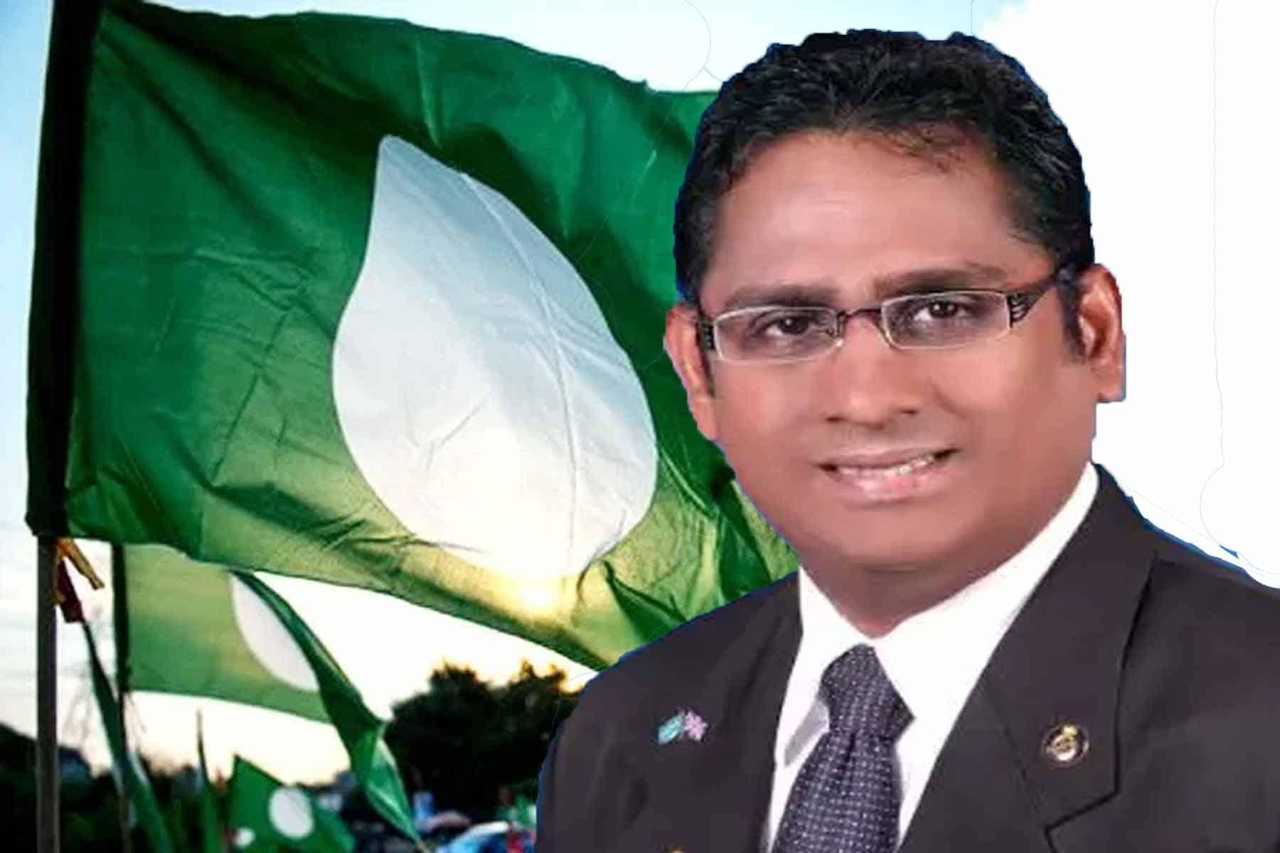 Pemimpin Dewan Himpunan Penyokong Pas letak jawatan, lepas keahlian