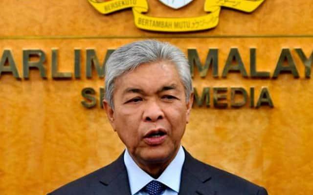 Parlimen digantung, demokrasi Malaysia sudah 'dikafankan' – Zahid