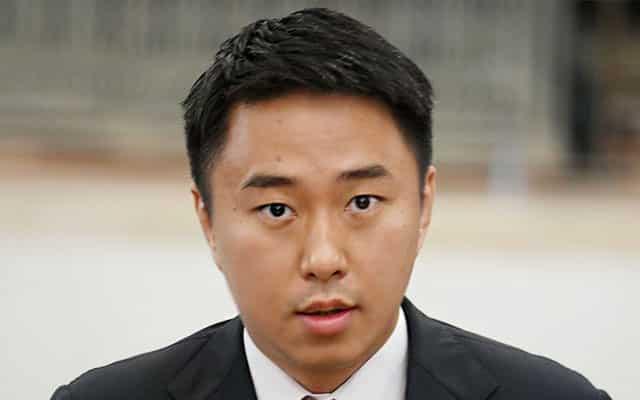 Peletakan jawatan Larry Sng baik untuk PKR, kata penganalisis