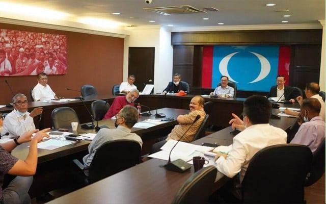 Anwar buat mesyuarat PH selepas selesai bertemu speaker, sampaikan hasrat adakan sidang parlimen