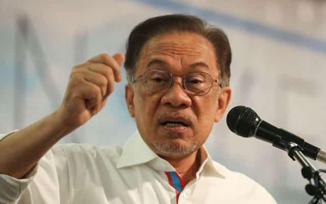 Ada ancaman kepada MP PKR yang sokong PN, dakwa Anwar