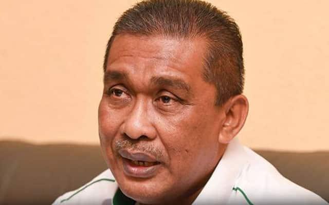 Tetap tak mahu adakan sidang parlimen, Takiyuddin tak hormat Agong