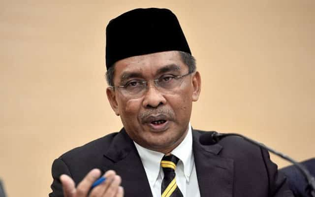 Masih lagi dalam darurat, tiada keperluan buat sidang parlimen – Takiyuddin