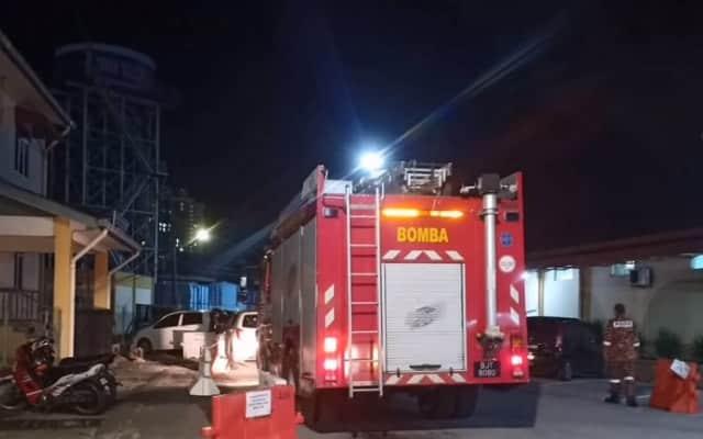 Bomba terpaksa hantar bekalan air ke Hospital di Kelantan, krisis air makin parah