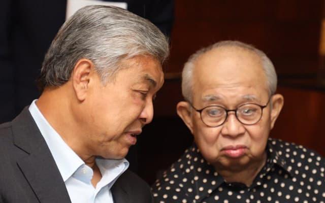 Zahid tak layak lagi pimpin UMNO jika rakaman audio tulen, bidas Ku Li