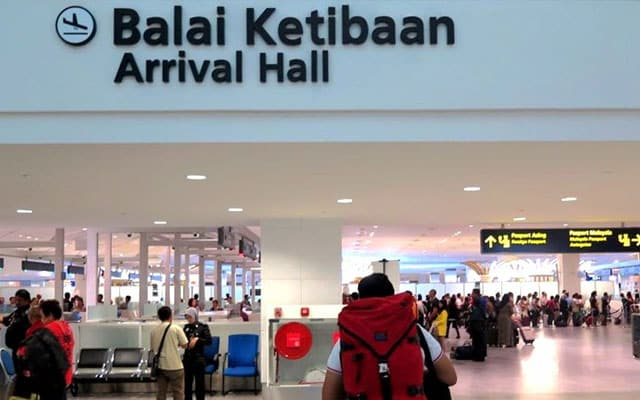 7 daripada 132 penumpang dari India positif Covid-19, KKM panjangkan tempoh kuarantin ke 21 hari