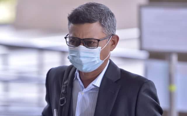 Bekas CEO 1MDB dedah lembaga pengarah turut terlibat dalam sandiwara 'dana Umno'