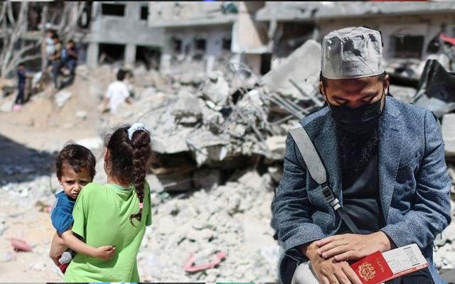 Ebit Lew mulakan misi kemanusiaan, berlepas ke Gaza
