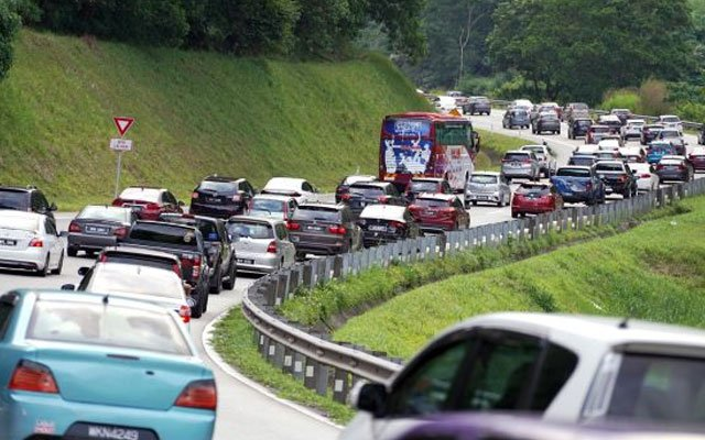 Trafik ke Pantai Timur naik mendadak walaupun PKP