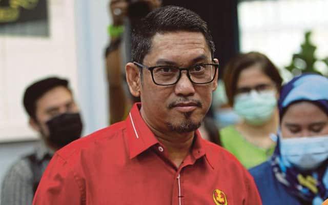 'Saya gembira tengok prestasi menteri', kata Faizal
