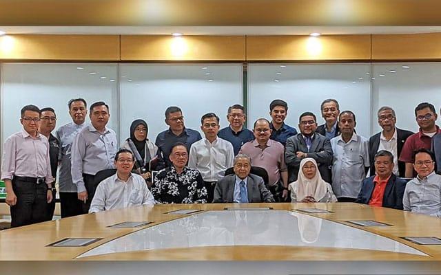 22 bulan bermenterikan DAP tiada pun timbul isu skandal jual tanah LGM
