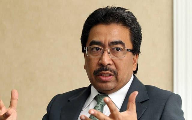 """""""Segalanya huru hara"""", kata Pemimpin Umno kepada Putrajaya"""