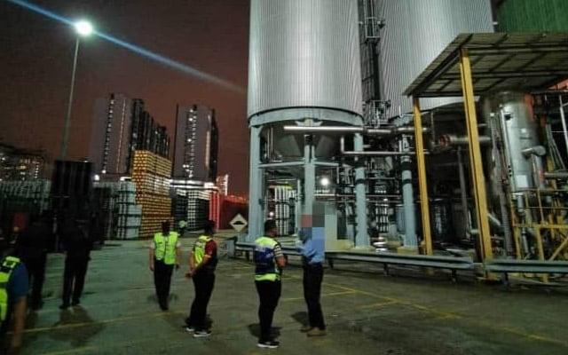 Polis sahkan kilang Carlsberg tidak beroperasi, asap adalah dari proses pemanasan bahan mentah untuk elak rosak