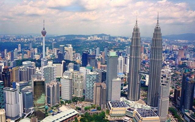 Adakah Malaysia sedang menuju kearah pembentukan kerajaan perpaduan?, soal penganalisis