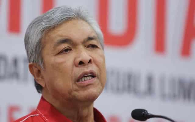 PANAS !!! MP Umno dedah Zahid menipu notis panggil parlimen 14 hari