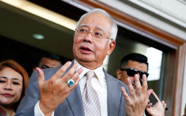 Kerajaan BN dulu mampu beri RM1,200 hingga RM2,000 bagi keluarga B40 dan M40, kata Najib