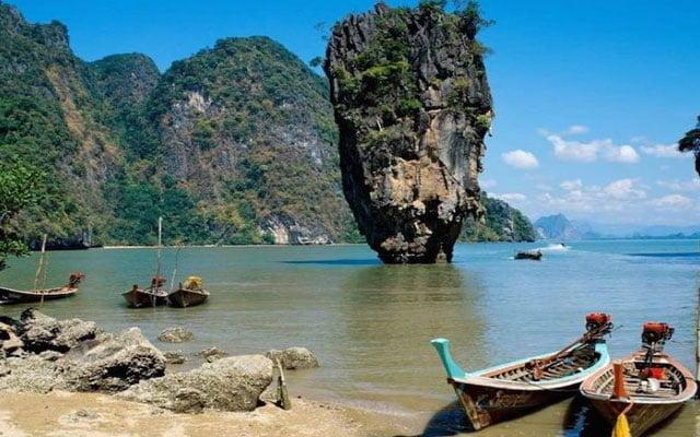 Phuket akan mula dibuka kepada pelancong yang sudah divaksin mulai 1 Julai