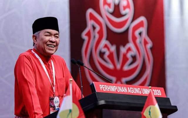 Umno kini senada dengan pembangkang, mahukan parlimen kembali bersidang
