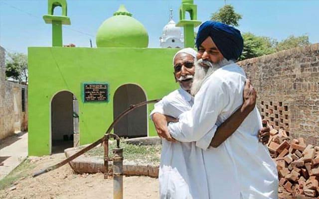 Penganut Sikh, Hindu berganding bahu dirikan masjid untuk masyarakat muslim