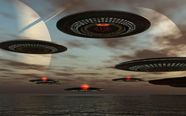 Gempar !!! Tentera Laut Amerika terserempak dengan UFO