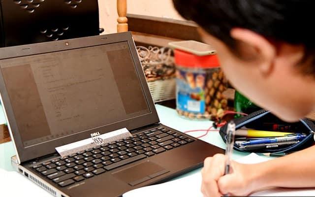 September terlalu lambat, kata NUTP berhubung agihan laptop percuma