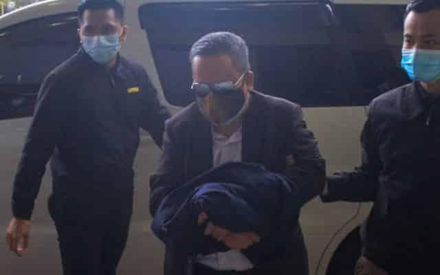 Ahli politik didakwa dengan 58 pertuduhan gubah wang haram